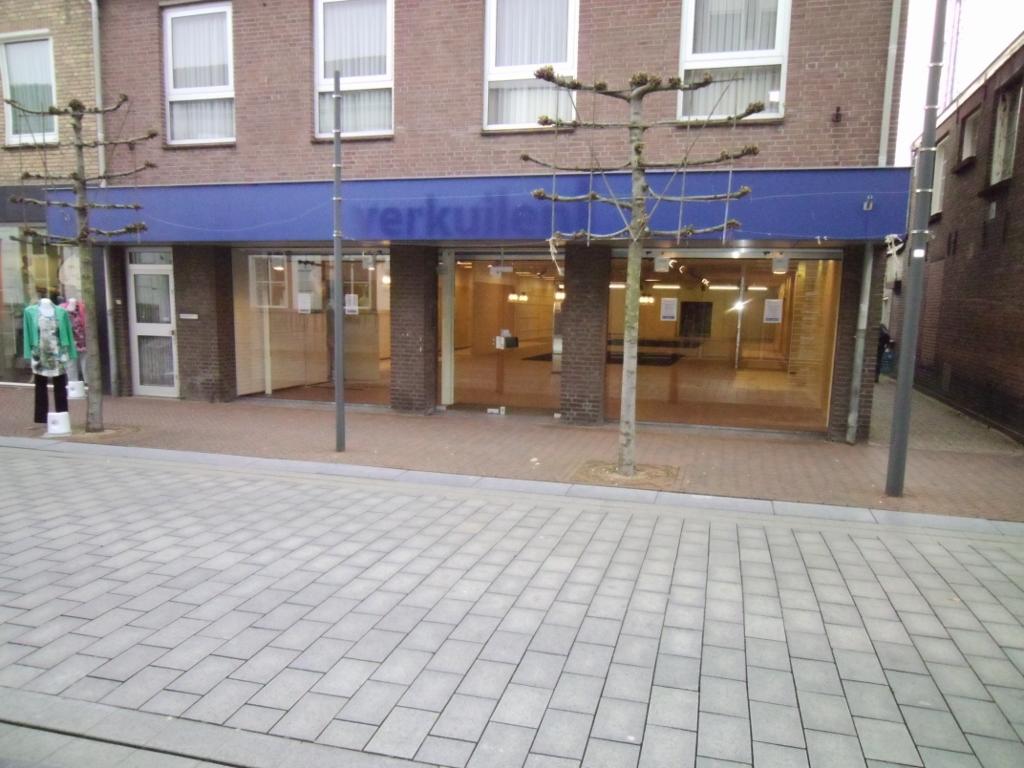 Winkelruimte Waalwijk Grotestraat 227